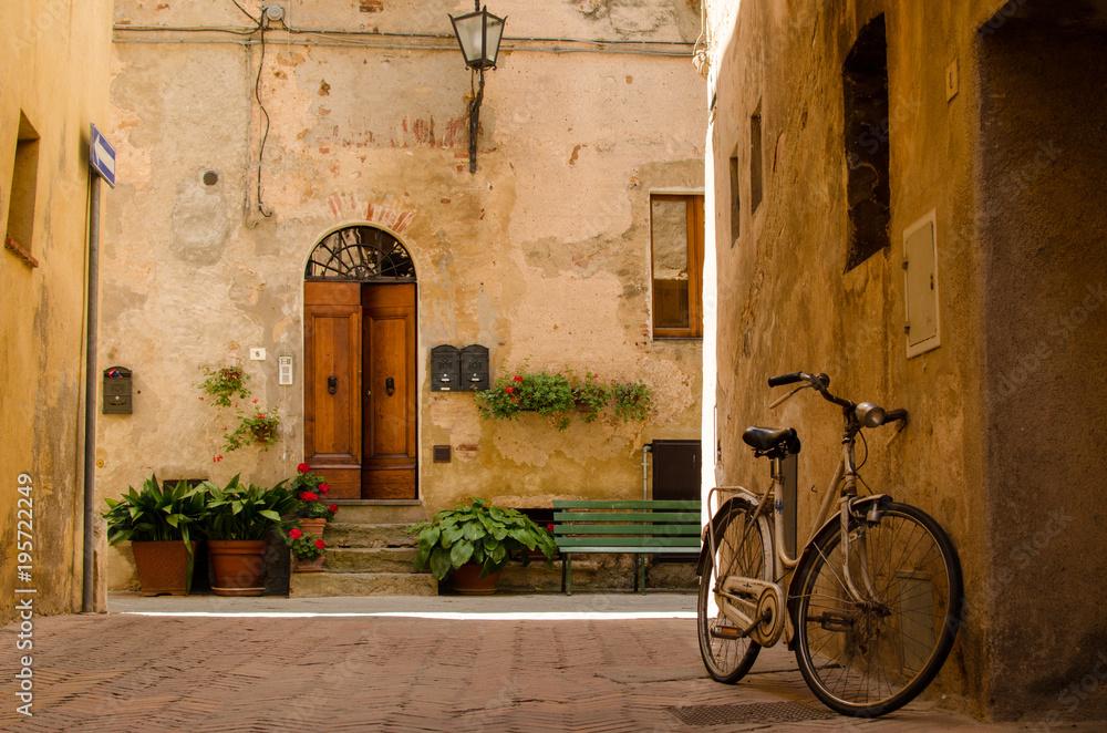 Fototapety, obrazy: Stara uliczka w Pienza, Włochy