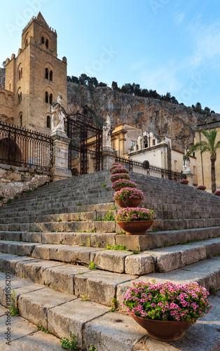 Spoed Foto op Canvas Mediterraans Europa Cefalu town view Sicily, Italy