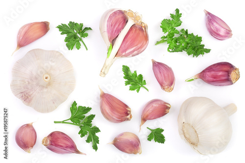 Fotografía  garlic with parsley leaves isolated on white background