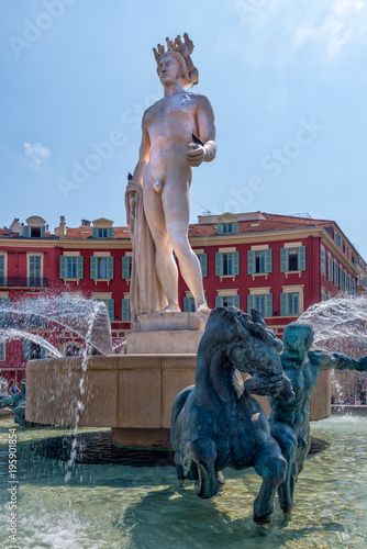 Deurstickers Nice Famous Fountain of the Sun in Place Massena in Nice, France