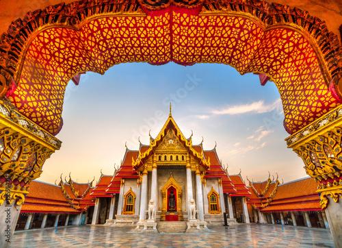 Fotobehang Bedehuis Wat Benchamabophit Dusit Wanaram, Bangkok, Thailand