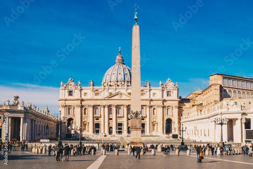 mata magnetyczna St. Peter's square and Saint Peter's Basilica in the Vatican City in Rome, Italy