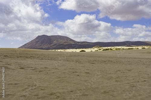 Fotobehang Grijs Landscape Dunes Of Corralejo, Fuerteventura, Canary Islands, Spain.