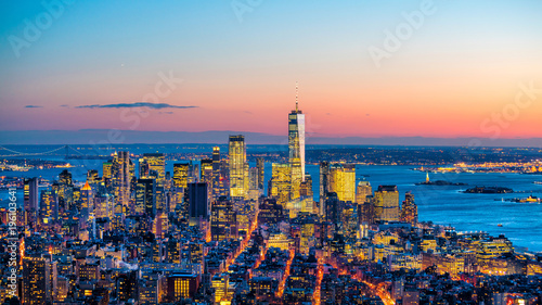Fototapeten New York Aerial view of Manhattan skyline at sunset, New York City