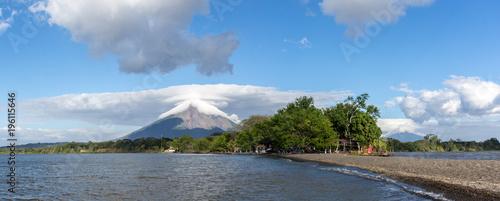 Obraz na plátně Volcans Concepción et Maderas, Ometepe, Nicaragua