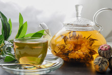 Exotic Green Tea With Flowers ...