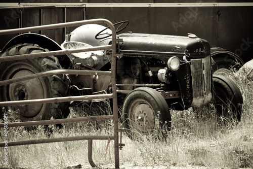 Fototapety, obrazy: The Tractor