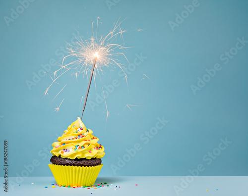 Photo  Yellow Birthday Cupcake