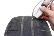 Using A Digital Tire Tread Dep...