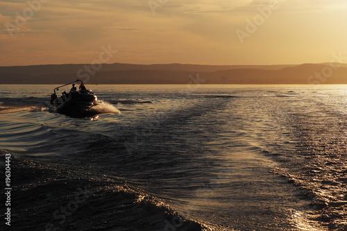 Foto op Plexiglas Water Motor sporten adrenaline cruise on a speed boat on the lake Balaton