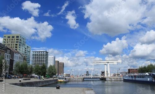 Tuinposter Antwerpen Strukturwandel im Hafengebiet von Antwerpen (´t Eilandje)