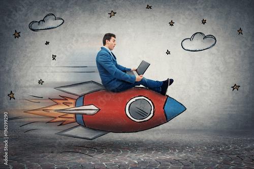 Fotografía businessman's rocket speed