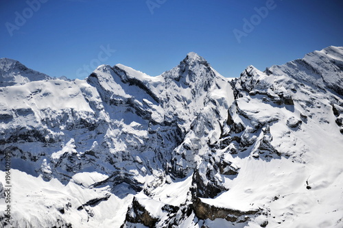 Foto op Aluminium Alpen Snow tops of the Swiss Alps