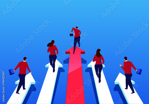 Photo A group of businessmen running on arrows