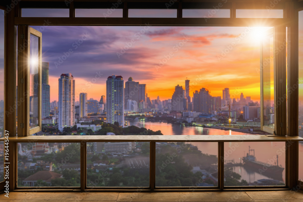 Fényképezés  Cafe with city view.