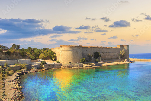 Foto auf Gartenposter Stadt am Wasser Beautiful view of Kyrenia Castle in Kyrenia (Girne), Northern Cyprus