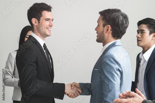 Photo Business partner agreement success concept