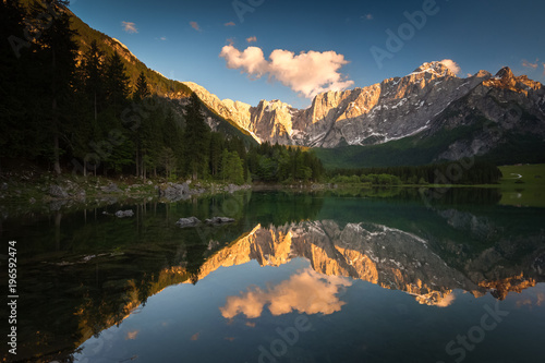 Foto op Canvas Bergen Mountain lake in Italy during sunset.