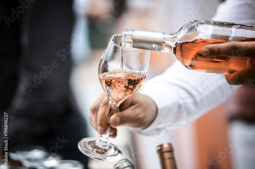 Foto op Plexiglas Wijn Rose Wine Glass