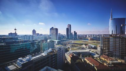 Milano vista dall'alto con grattacieli