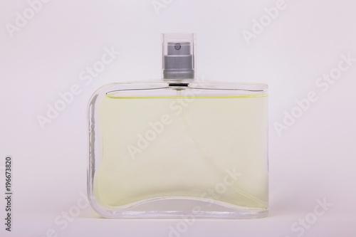 Photo Bottle of perfume isolated on white background