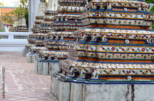 Fotografia  Traditional architecture at and around the Grand Palace, near the Phraya River i