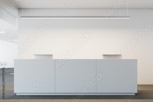 Fotografía  White office reception desk