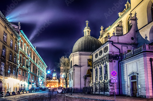scenic-night-lviv-cityscape-architecture-on-the-long-exposure