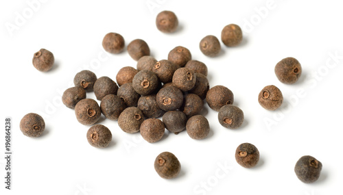Fototapeta dried herb, allspice isolated on white obraz