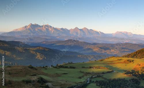 Foto auf Gartenposter Hugel Summer mountain landscape in Slovakia