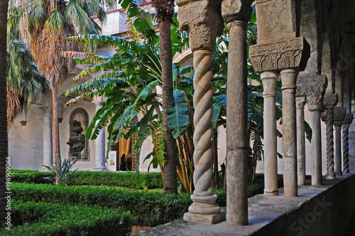 Fotografie, Obraz  Palermo, il Chiostro del convento di San Domenico