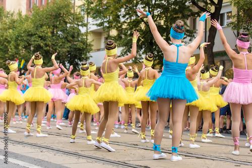 In de dag Rio de Janeiro Dancer girls in costume at the carnival