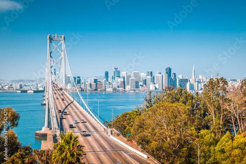 Deurstickers San Francisco San Francisco skyline with Oakland Bay Bridge, California, USA