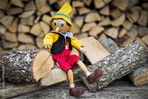 Canvas Print Old wooden pinocchio pupett marionette toy