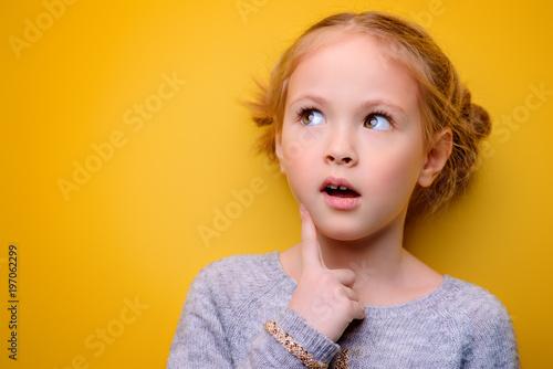 Fotografia  portrait of little girl