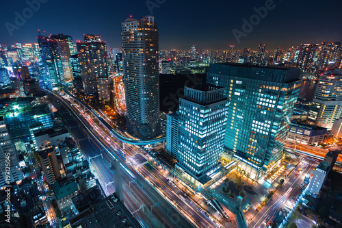 Poster Tokio Aerial view of the cityscape of Minato, Tokyo, Japan at night