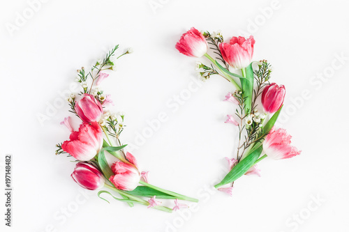Foto op Plexiglas Tulp Flowers composition. Wreath made of pink tulip flowers on white background. Flat lay, top view, copy space