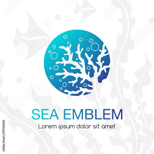 Fototapeta premium Godło morza. Ikona podwodne życie tropikalne. Znak dla oceanarium, akwarium lub firmy turystycznej.