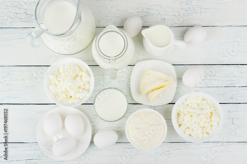 Fotobehang Zuivelproducten Different dairy products on the white wooden background
