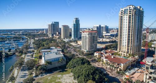 Photo Aerial view of St Petersburg skyline, Florida