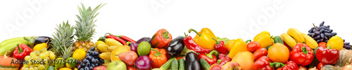 Poster Légumes frais Panorama of healthy vegetables and fruits isolated on white background.