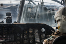 Military Helicopter Pilot Oper...
