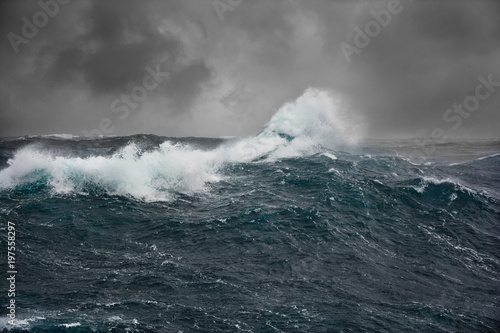 Staande foto Zee / Oceaan sea wave in atlantic ocean during storm