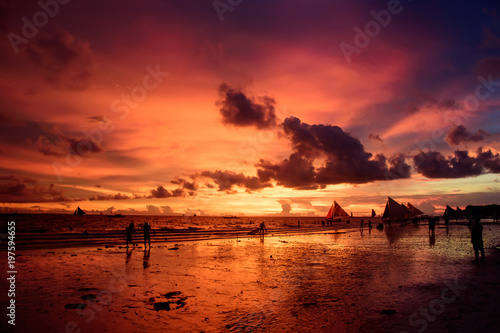 Foto op Plexiglas Crimson Tropical beach at sunrise.