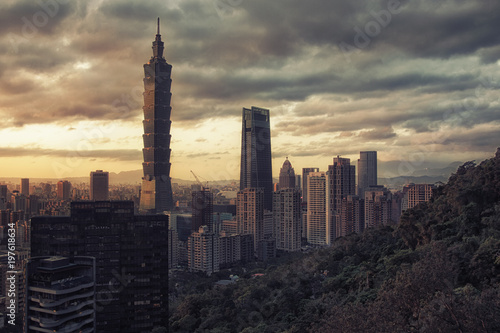 Photo City of Taipei at sunset, Taiwan