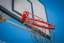 Broken Basketball Hoop - Hangi...