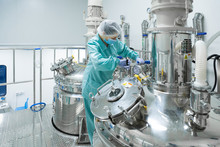 Pharmaceutical Factory Woman W...