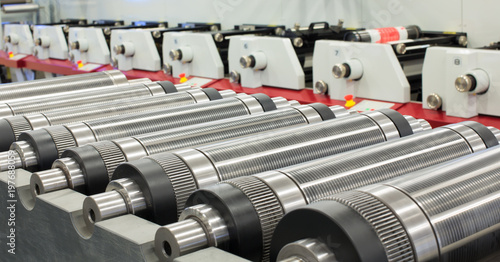 Fotomural Lined up magnetic cylinders for die cut on rotary printing press