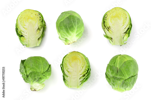 Cadres-photo bureau Bruxelles Brussels sprouts isolated on white background closeup. Top view. Flat lay. Set or collection