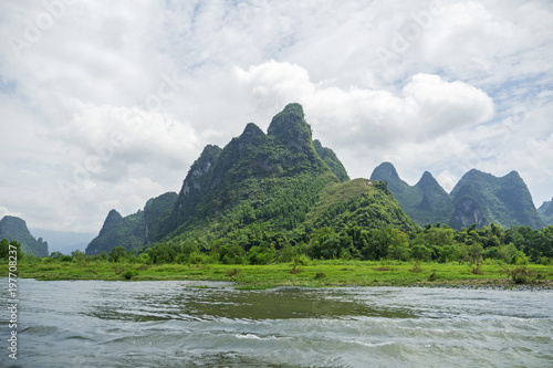 Foto op Canvas Guilin Navigate view on Li River, Karst Mountains, Guilin Sugarloaf, XingPing, China